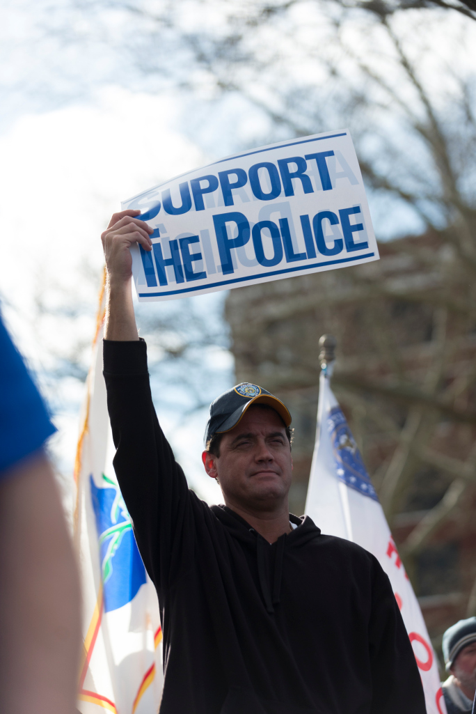 pro-police rally